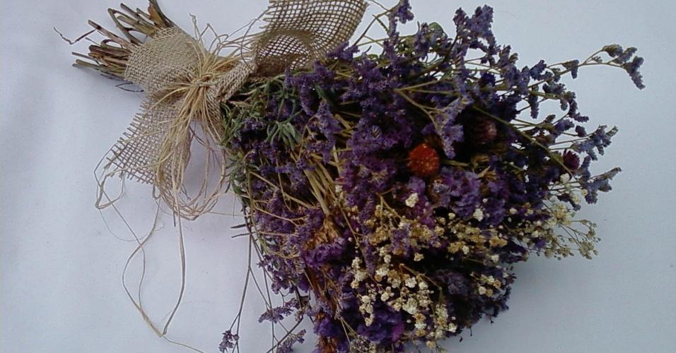 Buquê de lavanda Géssica; da Flor de Cór (www.flordecor.com.br), por R$ 500. Disponibilidade e preço pesquisados em novembro de 2013 e sujeitos a alteração