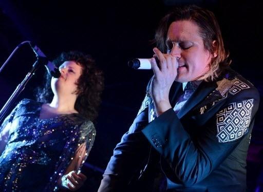 21.nov.2013- Arcade Fire em apresentação na Alemanha, com a turnê do novo álbum