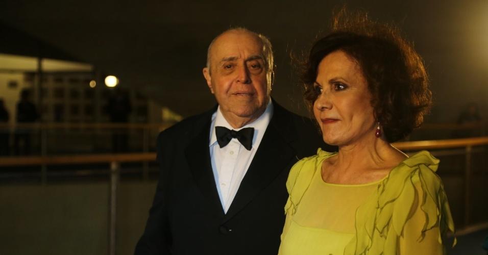 23.nov.2013 - Mauro Mendonça e Rosamaria Murtinho participam do especial de fim de ano de Roberto Carlos, na Globo