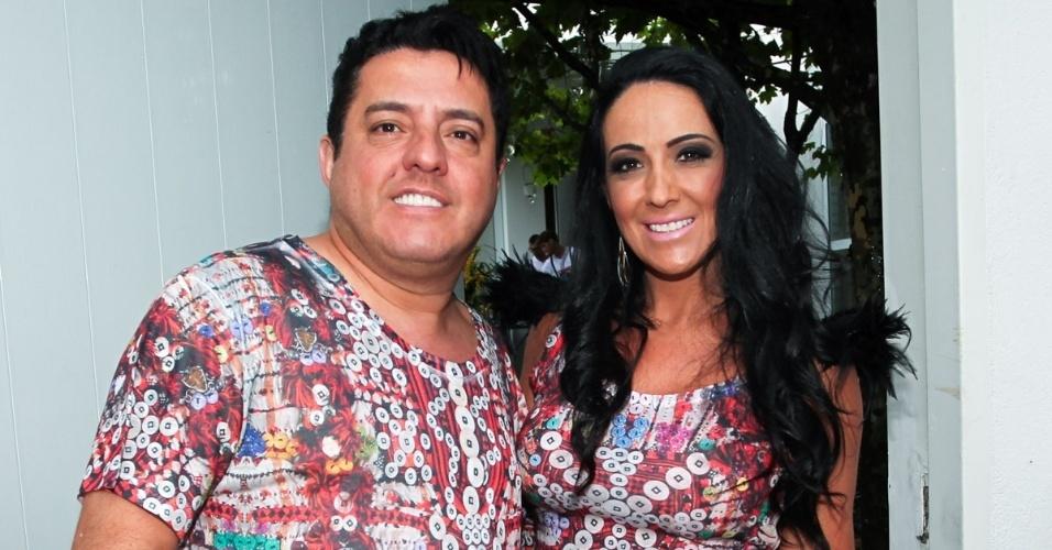 23.nov.2013 - O sertanejo Bruno (da dupla Bruno e Marrone) e a mulher, Marianne Rabelo, no aniversário da jornalista Ticiana Villas Boas no Jardim Europa, em São Paulo