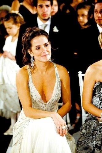 10.set.2008 - Deborah Secco é madrinha de casamento da amiga Juliana Paes com Carlos Eduardo Baptista
