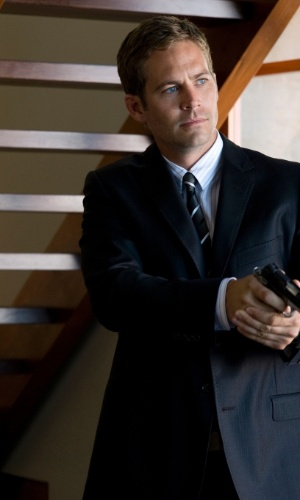 """2010 - O ator Paul Walker em cena do filme """"Ladrões"""""""