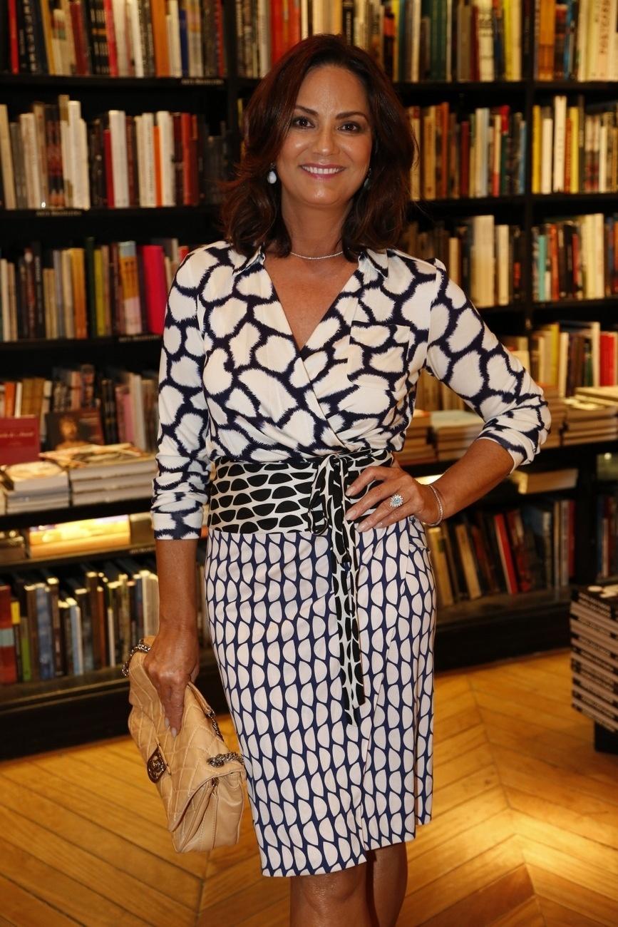 Luiza Brunet 2014 Related Keywords & Suggestions - Luiza Brunet ...