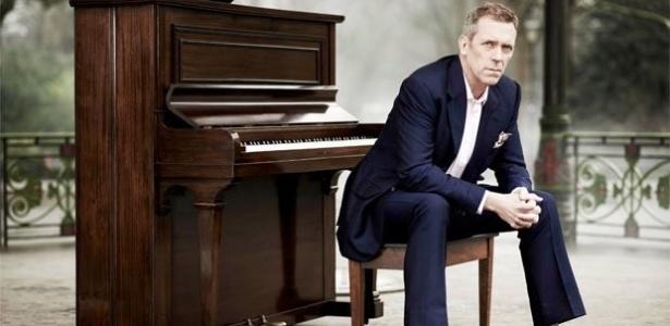 """O ator e músico Hugh Laurie, famoso como o doutor """"House"""" na TV, que se apresenta no Brasil em março"""