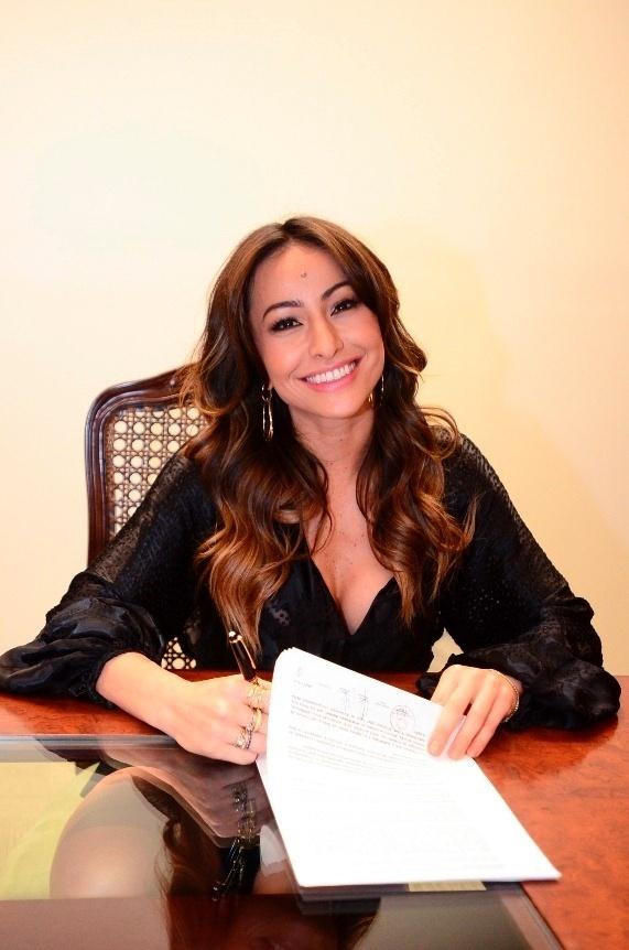 """16.dez.2013 - Após dez anos no humorístico """"Pânico"""", Sabrina Sato deixou os colegas e assinou contrato com a Record"""