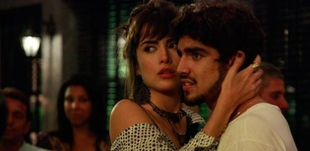 """Em """"Amor à Vida"""", Michel vai morar com Patrícia e Silvia com Guto"""