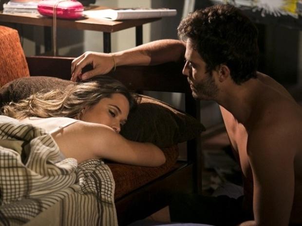 17.dez.2013 - Lili e William fazem as pazes após mal-entendido sobre Rafa