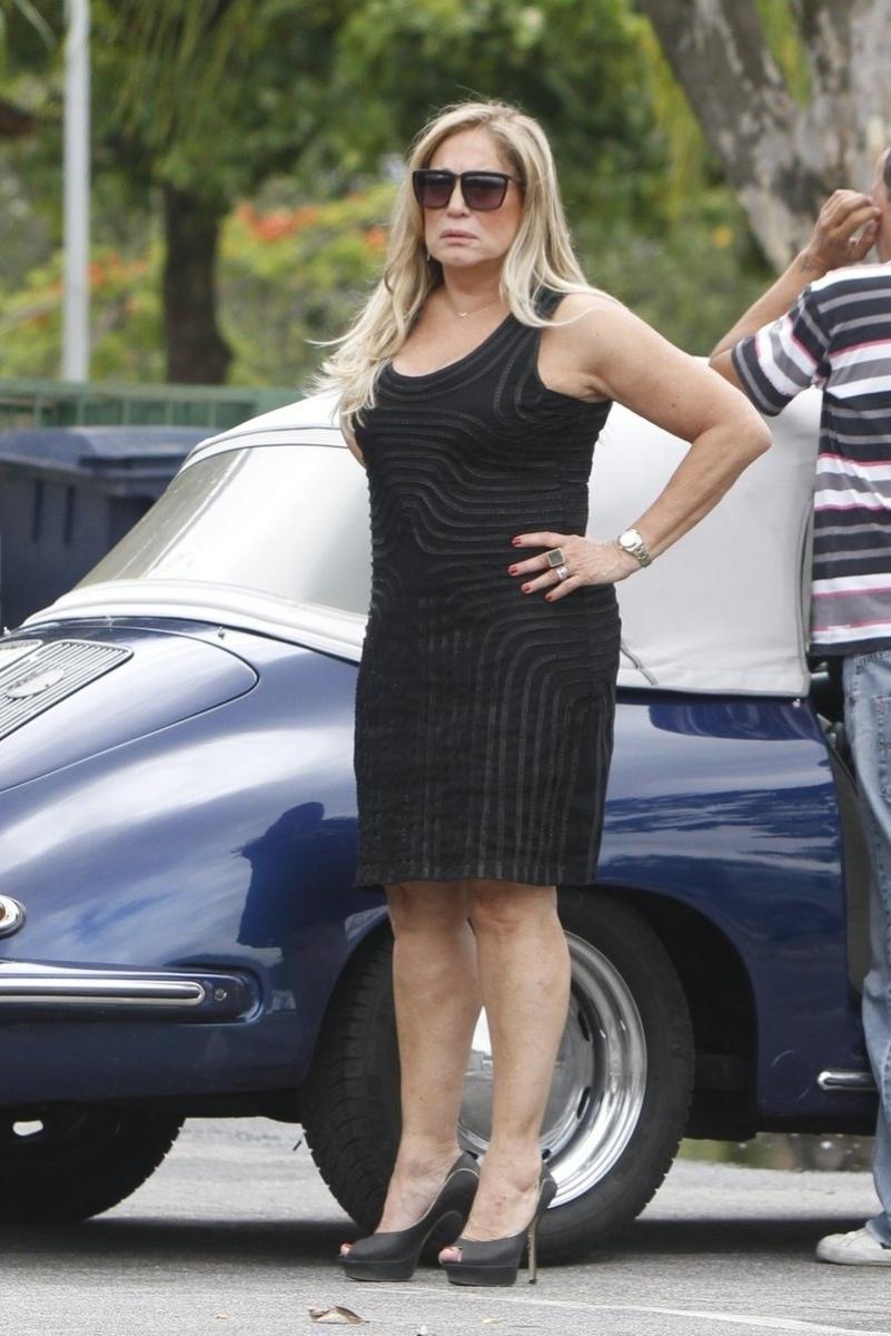 19.dez.2013 - Susana Vieira, a Pilar e o Niko de