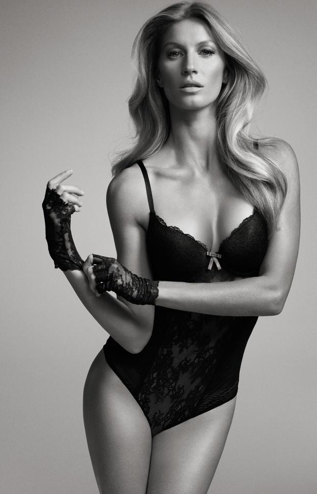 Gisele Bündchen posa de lingerie preta para sua linha de roupas íntimas, a Gisele Bündchen Intimates