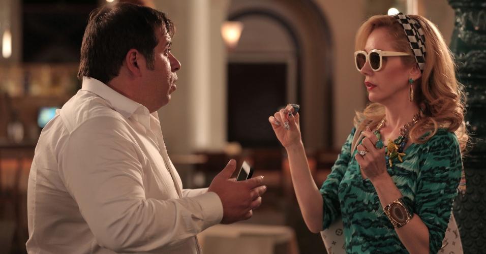 """Jane (Camila Morgado) e Tino (Leandro Hassum), que estão passando por dificuldades financeiras após perderem todo o dinheiro que ganharam na loteria no primeiro longa-metragem estão de volta no """"Até que a Sorte nos Separe 2"""""""