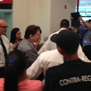27.dez.2013 - Silvio Santos apareceu de surpresa no SBT