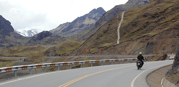"""Viajar pela Cordilheira dos Andes """"não é para os fracos"""", como disse um local a Cícero Lima"""