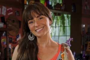 """Giovanna Antonelli adota novo visual para a novela """"Em Família"""""""