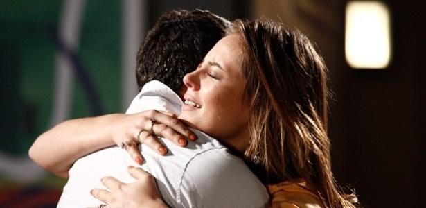 """Em """"Amor à Vida"""", Paloma e Bruno reatam"""