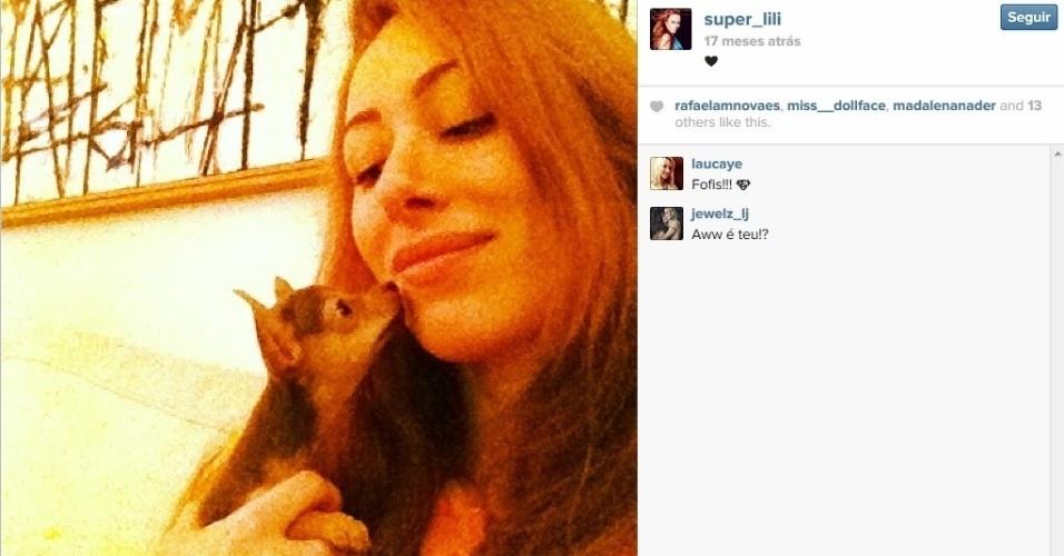 Aline Moraes Dahlen Ganthz é atriz e usa o nome artístico de Liz Moraes. Ela tem 33 anos e nasceu em Porto Alegre (RS)