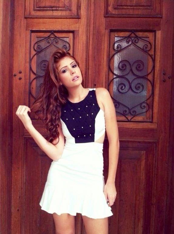 """Ruiva Amanda Gontijo, do """"BBB14"""", é estudante de Engenharia Civil e tem 23 anos"""