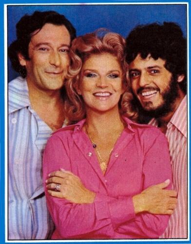 """1972 -  Paulo Goulart com Tônia Carrero e Marcos Paulo na novela """"Uma Rosa com Amor"""""""