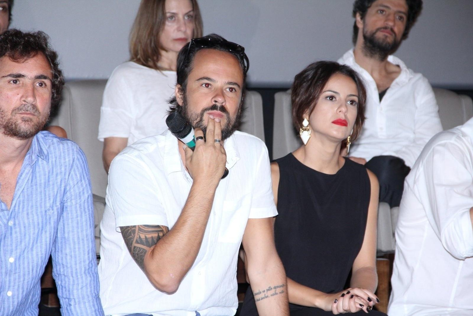 10.jan.2014 - Paulo Vilhena e Andreia Horta apresentam a minissérie