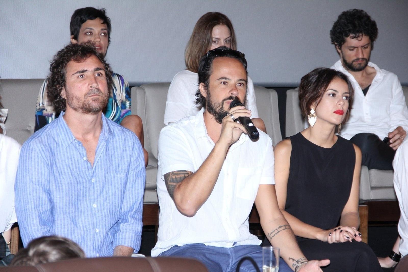 10.jan.2014 - Paulo Vilhena fala com a imprensa na coletiva de imprensa da minissérie