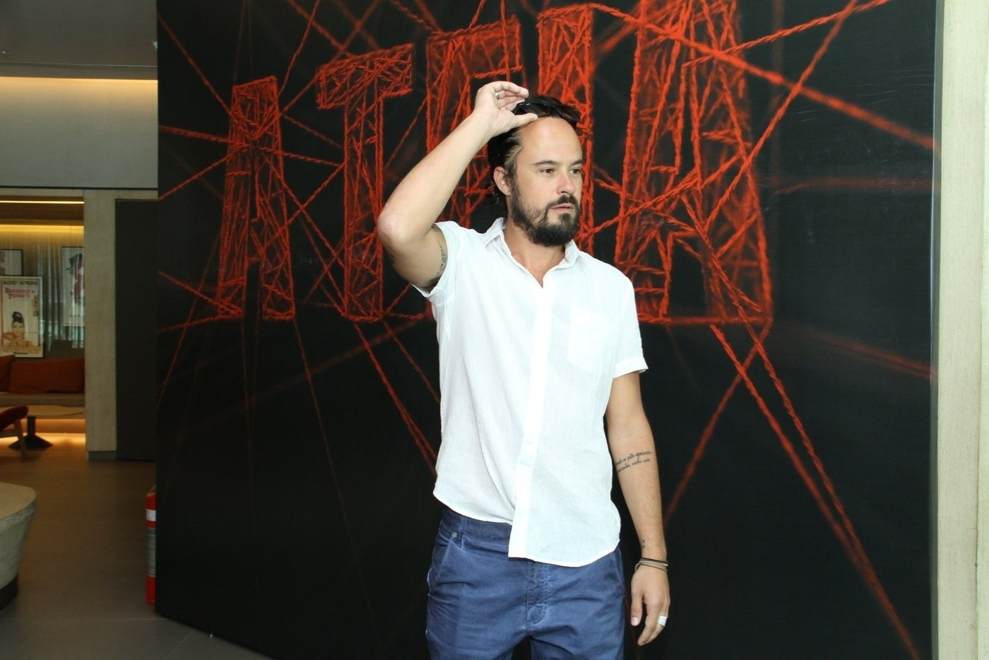 10.jan.2014 - Paulo Vilhena na coletiva de imprensa da minissérie