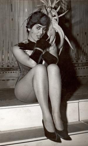 2.fev.1960 - A atriz e ex-vedete Marly Marley