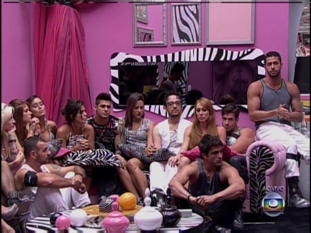 Veja fotos do 5º dia de confinamento do &quot;<b>BBB14</b>&quot; - BOL Fotos - BOL <b>...</b> 2014