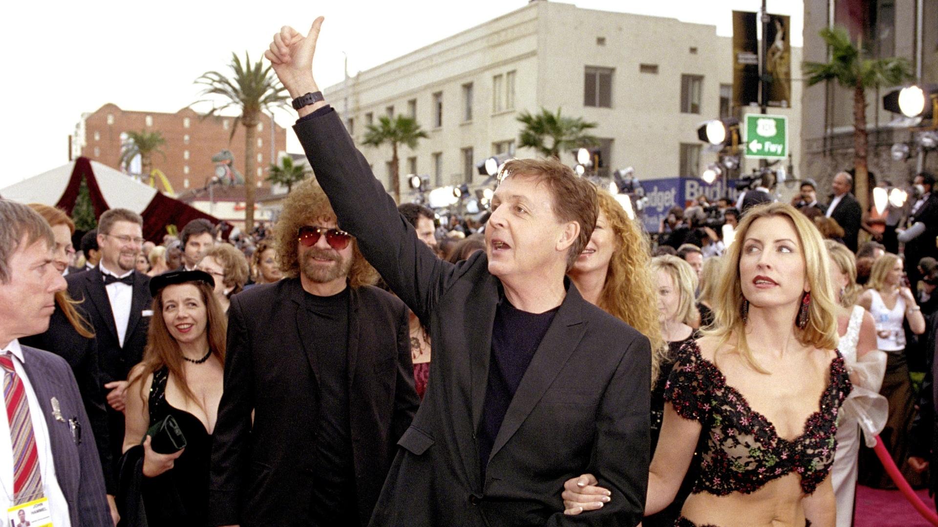 21.jan.2014 - Em 2002, Paul McCartney foi indicado ao Oscar pela música