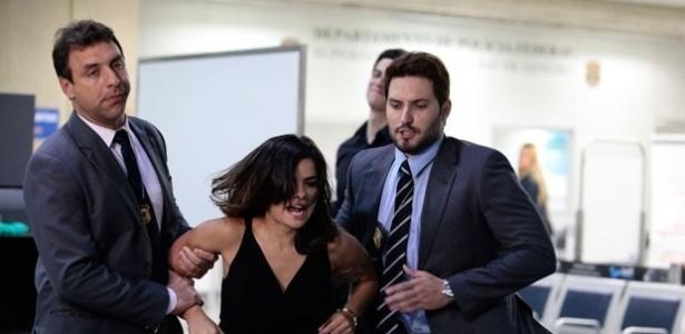 """Em """"Amor à Vida"""", Aline planejará fuga após ser presa"""