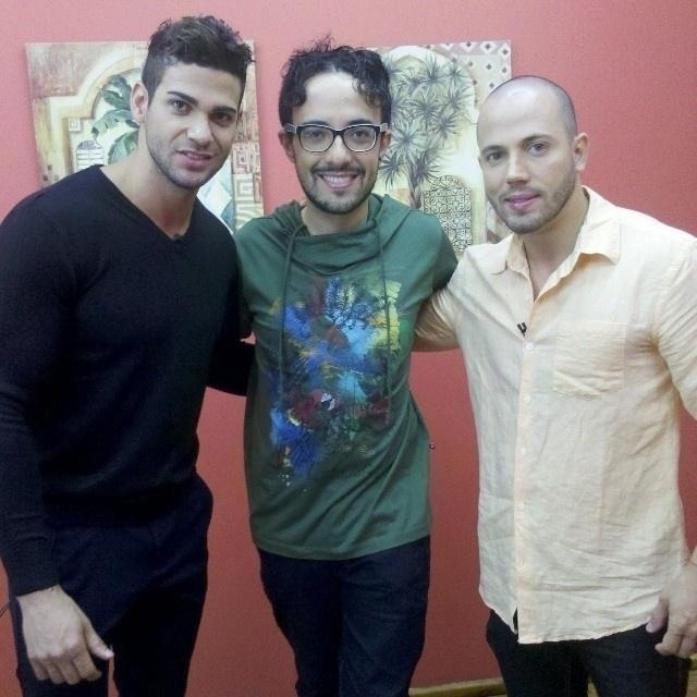 Rodrigo, Alisson e João nos bastidores do programa