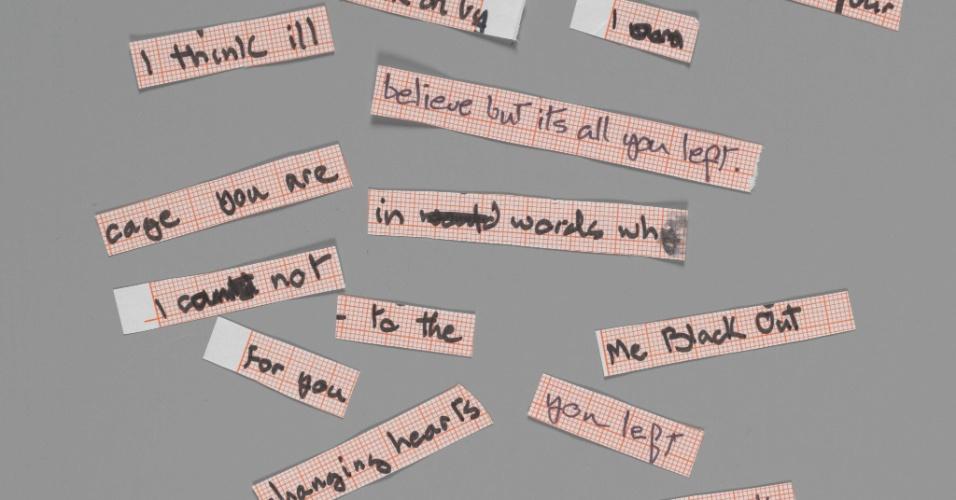 Cut up lyrics for Blackout from Heroes, 1977. A exposição David Bowie fica em cartaz no MIS (Museu da Imagem e do Som) de 31 de janeiro a 20 de abril de 2014.