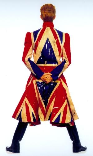 """Fotografia original para a capa do álbum """"Earthling"""", de 1997. A exposição David Bowie fica em cartaz no MIS (Museu da Imagem e do Som) de 31 de janeiro a 20 de abril de 2014."""