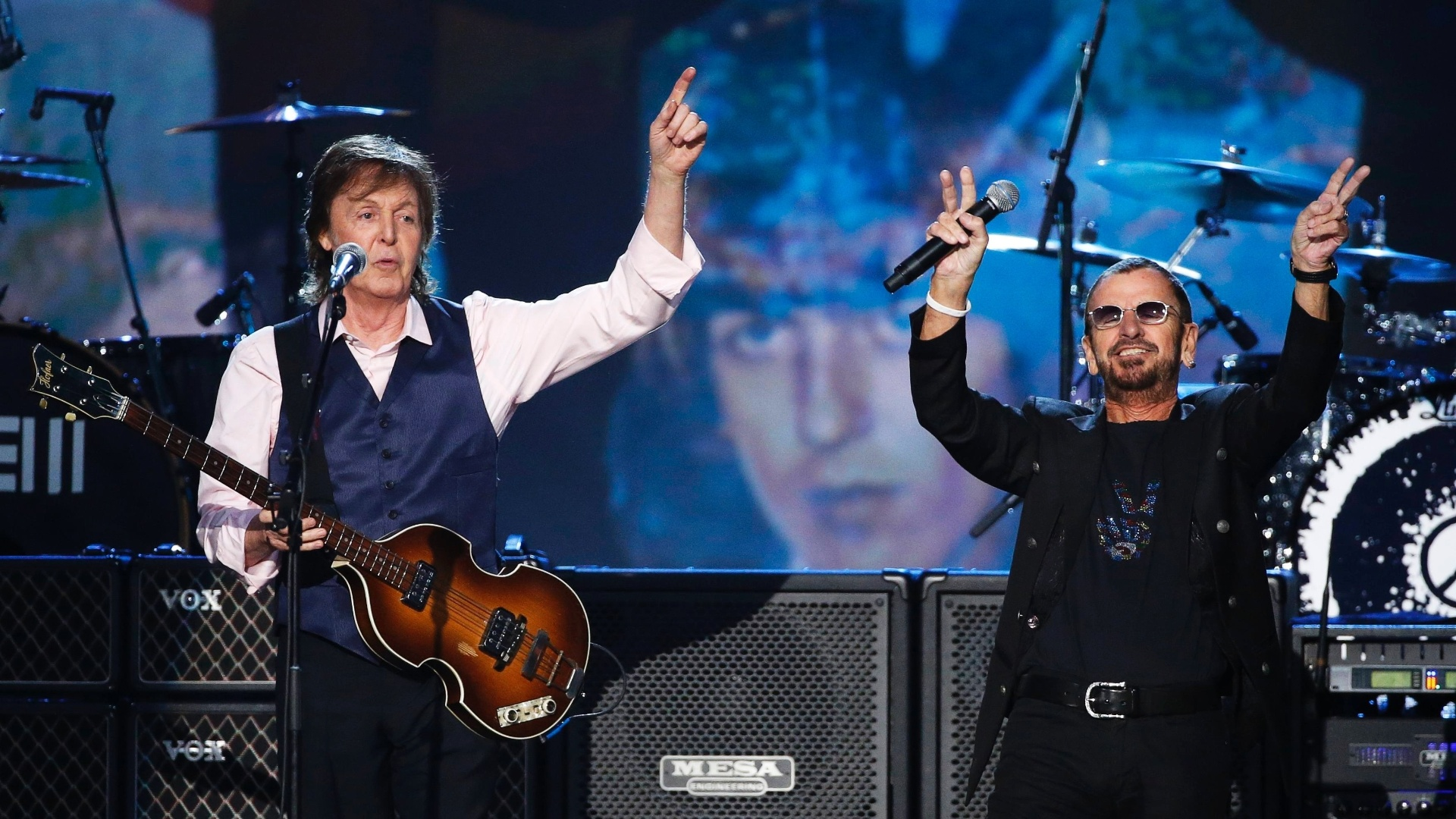 27.jan.2014 - Paul McCartney e Ringo Starr durante gravação do especial
