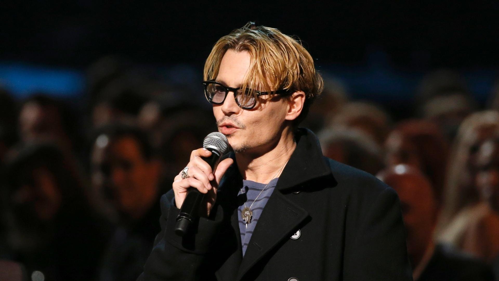 27.jan.2014 - O ator Johnny Deep participa da gravação do especial