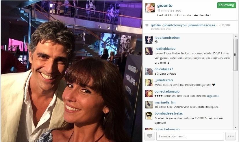 28.jan.2014 - Giovanna Antonelli divulga imagem ao lado de Reynaldo Gianecchini no Projac, entre as gravações de