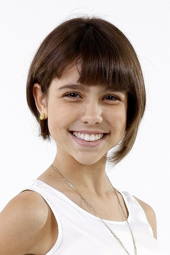 Bel é interpretada por Bruna Carvalho e tem 12 anos de idade. Ela estuda na mesma escola que Janu, de quem é melhor amiga. Inteligente, vai aprontar muito com as Chiquititas. A menina também vai namorar o Rafa
