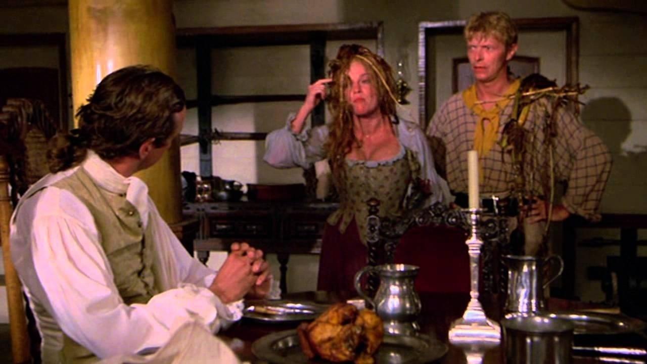 O Pirata da Barba Amarela (Dir.: Mel Damski, 1983) - Após interpretar um vampiro e um soldado do exército, Bowie entrou em uma comédia rasgada, realizada pela dupla de humoristas Cheech & Chong, com participações de três integrantes do Monty Python. Com um papel menor, ele nem foi creditado