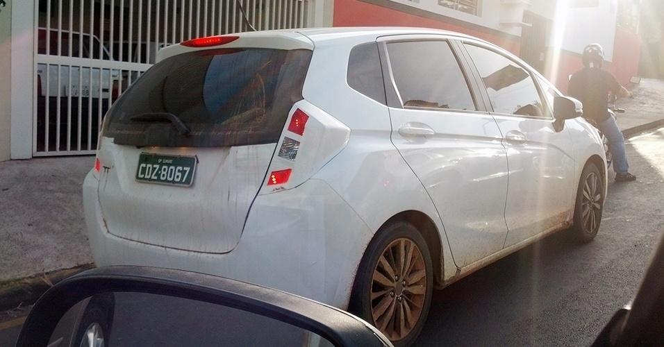 Novo Honda Fit Quase Sem Camuflagem Em Flagra Feito Pelo Leitor