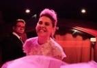"""Em """"Amor à Vida"""", Edith aparece vestida de noiva na frente de uma boate de strip-tease - Divulgação/TV Globo"""