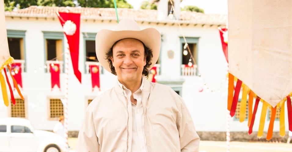 "Nelson Baskerville interpreta Itamar em ""Em Família"""