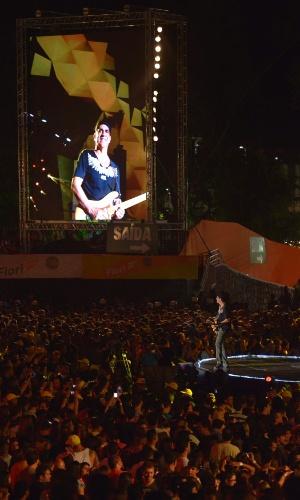 30.jan.2013 - O grupo Asa de Águia se apresenta no segundo dia de shows no Palco 2014 do Festival de Verão de Salvador