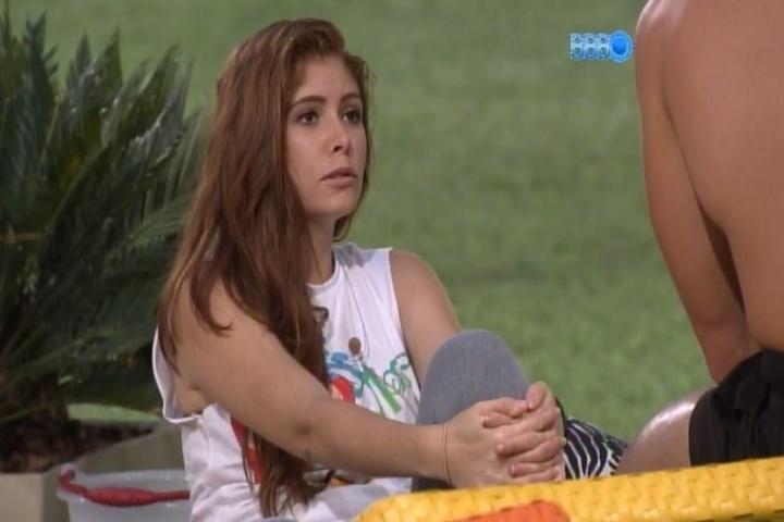 31.jan.2014 - Amanda declara que Cássio, novo líder do programa, é muito
