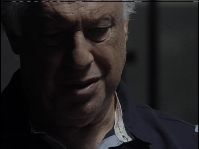 César encontra Aline na prisão