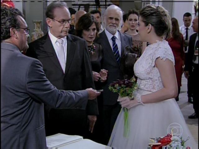 Edith desiste de casar com Hebert