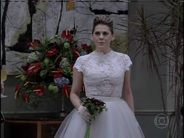 Edith se casa