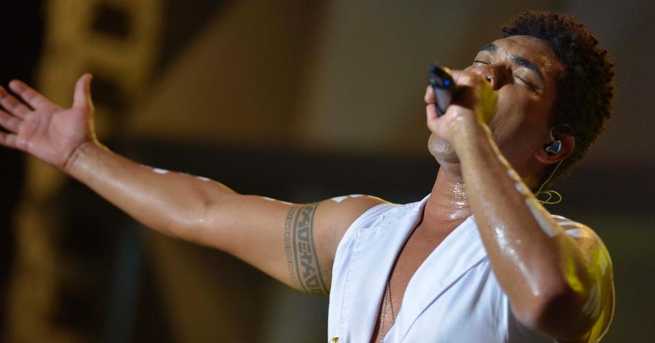31.jan.2014 - Timbalada se apresenta da terceira noite do Festival de Verão de Salvador