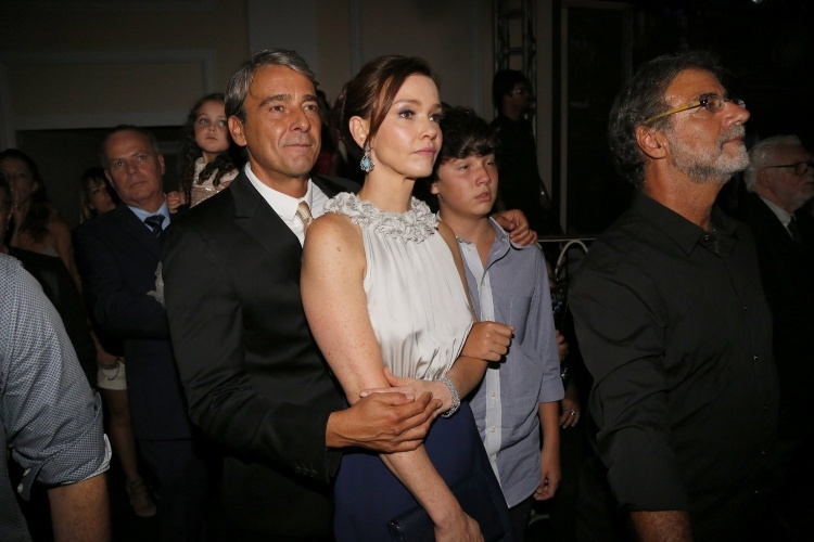 """2.fev.2014 - Julia Lemmertz e Alexandre Borges na festa da novela """"Em Família"""""""
