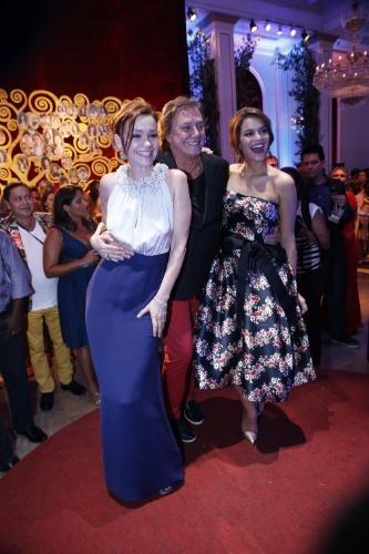 """2.fev.2014 - Júlia Lemmertz, Fábio Junior e Bruna Marquezine na festa da novela """"Em Família"""""""