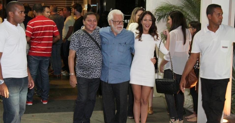 """3.fev.2014 -  O autor Manoel Carlos chega para assistir o primeiro capítulo de """"Em Família"""""""