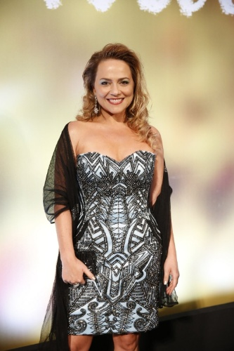 """2.fev.2014 - Viviane Pasmanter na festa da novela """"Em Família"""""""