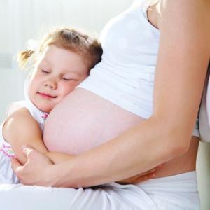 Antigamente, a preocupação sobre ter filhos mais tarde era dirigida somente às mulheres; hoje, sabe-se que pais mais velhos também podem gerar crianças com maior propensão a certas doenças